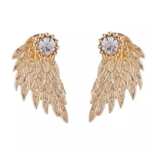 Jewelry - GORGEOUS ANGEL WINGS EARRINGS NEW